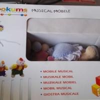 Musical mobile vir baba se wiegie te koop.