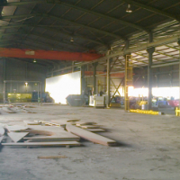 5000m2 factory with cranes to let in Germiston