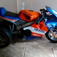 Repsol MoviStaR 2 stroke Kids 3wheel pocket bike