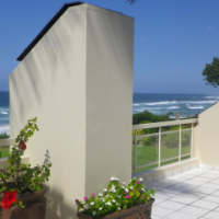 MARGATE NORTH  - DIRECT ACCESS TO BATHING AREA!!!! Excellent Price - R1,85m