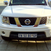 nissan navara 2.5 dci  in excellent condition for sale