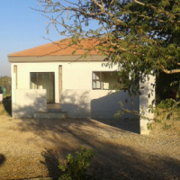 Garden flat Grootfontein country estate