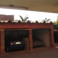 IMMACULATE 1 BEDROOM FLAT FOR SALE NEAR GAUTRAIN STATION