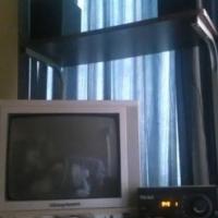 Hi fi met tv by.
