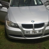 Hi im  selling my BMW 3series between 2005-2007 model in good condition.