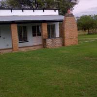Randfontein, Doornfontein - Farmhouse and Shop to rent