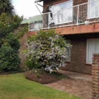 Garden 2x Bed Unit Krugersdorp-Central : R450 000-00