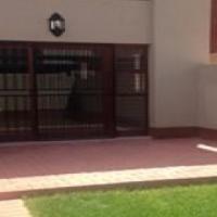 2 bedroom duplex in Bluestream, Garsfontein availabele 1 February 2017