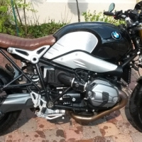 To swap - BMW R9t Roland Sands seat for BMW R nine t Scrambler seat