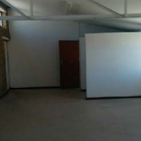 Unit in industrial building in Parow to let for R20 376 pm