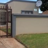 3 Bedroom House to Rent in Mahube Valley