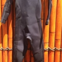 For sale Women Rip Curl Wetsuit for sale.