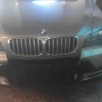 BMW x5 4.8i 2007 model
