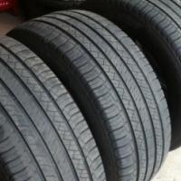Set of 4 x 255/55/18 Standard tyres 80% (R1300 each)
