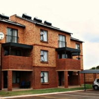 R 2000 discount on First month's rent
