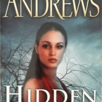 Hidden Leaves - Virginia Andrews - De Beers Series #5.