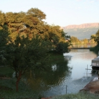 House for Boaters at Hartbeespoort Dam. In Secure Equestrian, Boating and Golfing Estate
