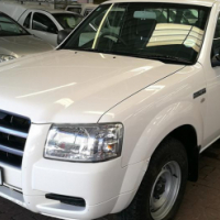 2008 Ford Ranger 2.2 S/C,with 172000Km's, Service History,Front Loader
