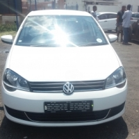 Polo vivo 4-doors,    factory a/c,   c/d player,     central locking,  white in color,    430000Km,