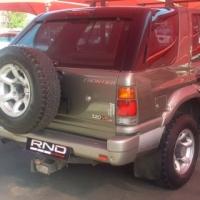 1999 ISUZU 320V6 LX FRONTIER .....