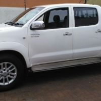 Toyota hilux 2.7 vvti twin cab