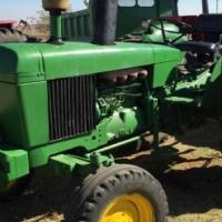 S1804 Green John Deere 2130 2x4 Pre-Owned Tractor
