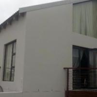 Neat 3 bedroom home in Calypso Beach, Langebaan.
