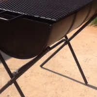 drum braai with fold up stand