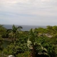SPACIOUS WELL BUILT FAMILY HOME, WALKING DISTANCE TO BEACH, SEA VIEWS