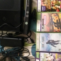 Xbox 360 4GB Kinect Bundle + One Controller + 4 Games (fantastic condition) for sale  Southern Suburbs