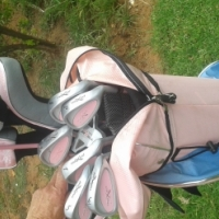 Pink Secondhand Ladies Golf set for sale, used for sale  Pretoria North