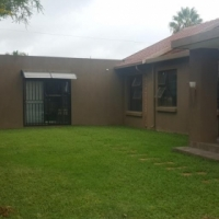 Stunning house in Karenpark for sale  Pretoria North