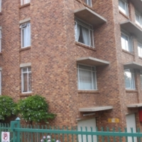 Beautiful two bedroom flat for sale, Wonderboom South - against the mountain