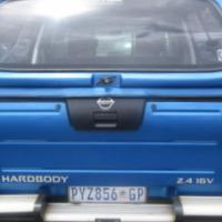 2005 Nissan NP300 HARD BODY 2.4 16V Double Cab Bakkie 230,282km Cloth Upholstery, Bull Bar, Side Ste