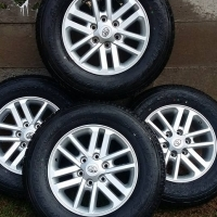 Toyota hilux/fortuner mags and tyres
