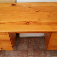 6 Drawer Pine Desk Available for R450.00