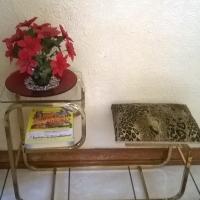 telephone table R150 neg