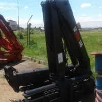 Hiab 140 (14 ton) truck mounted crane for sale