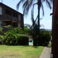 Face- brick top floor apartment for sale with lockup garage - centrally situated !