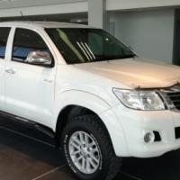 2011 Toyota Hilux 4.0 V6 D/C 64000km