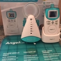 Angel Care baby monitor with breathing sensor pad
