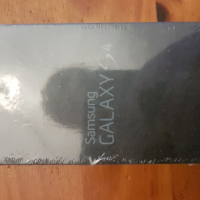 Samsung Galaxy S4 16GB Black - Unopened