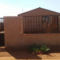 Kagiso Swanieville. Beautiful 3 Bedroom house for sale for only R 230000 Negotiable..!!!!!