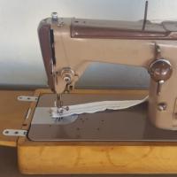 Singer Sewing Machines R800 Each READ