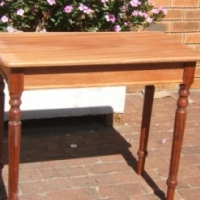 reproduction tee table