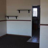 Neat 2 bedroom flat in CE2 Vanderbijlpark