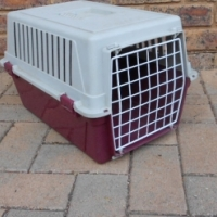Travel cage for dogs and cats