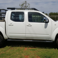 Nissan Navara 2.5 dCi S/E 4x4 Double Cab