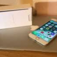 Iphone 7 plus for sell call Jenny 0787061416
