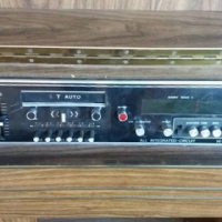 Old Metro radio NO speakers